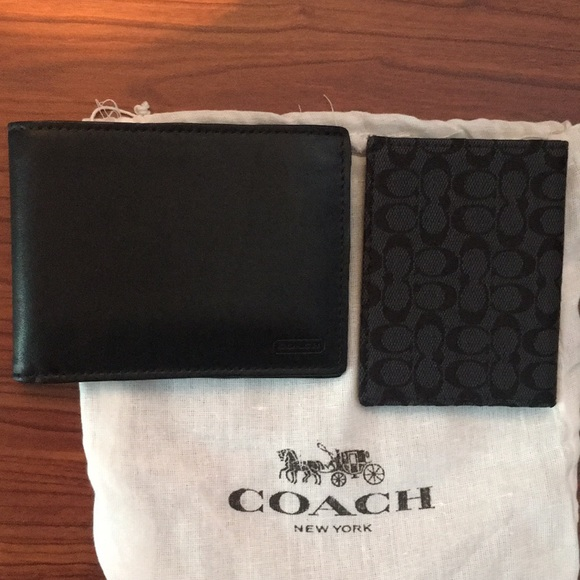 d180a4d8f90a ... low cost coach wallet id holder f8534 52611